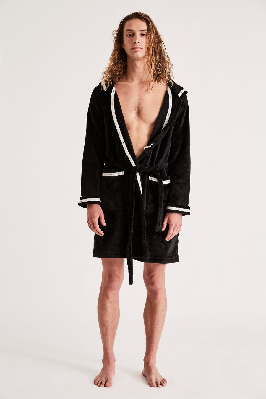 CHAMPION MAN ROBE {BLACK}