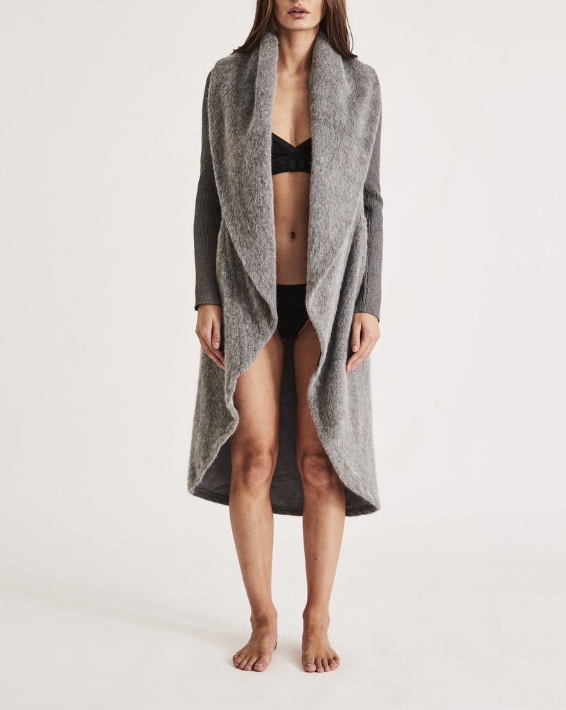 THE CARESS ROBE in PLATINUM