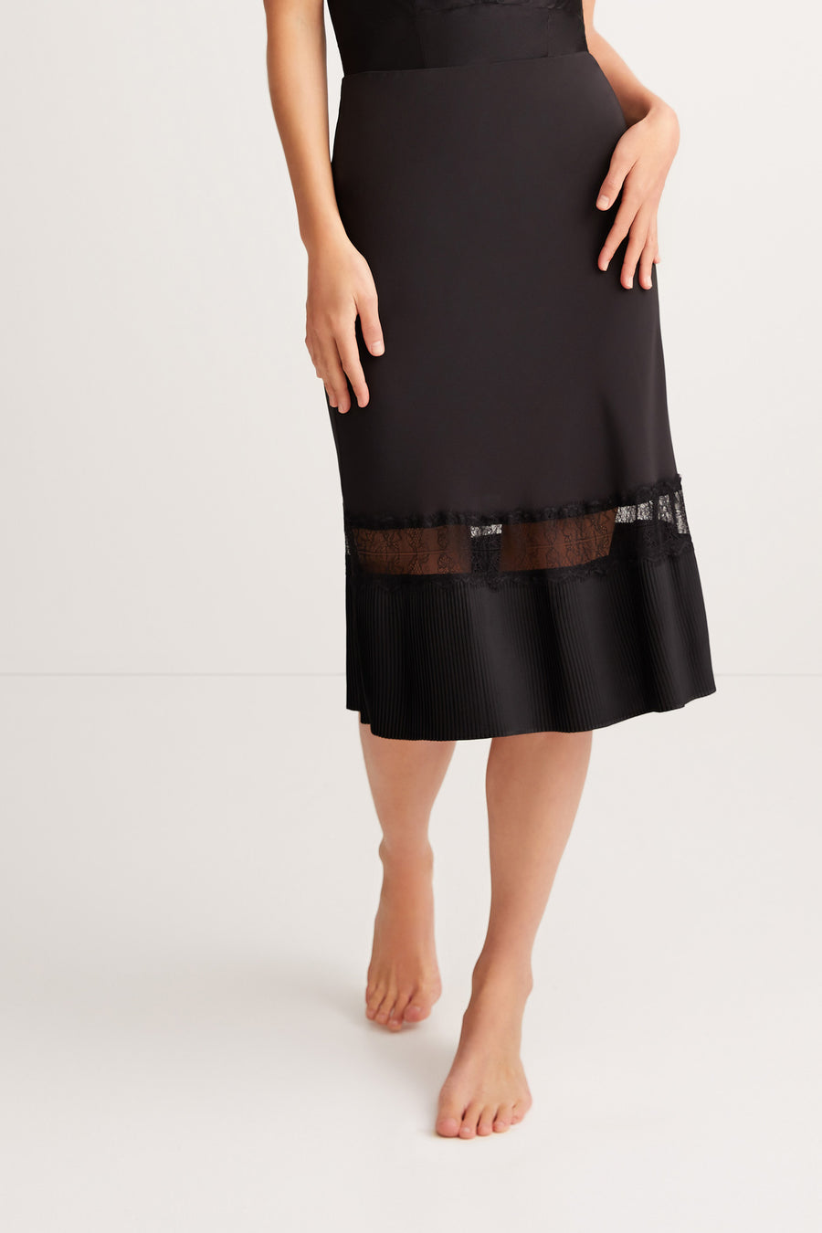 Osiris Skirt {Black}