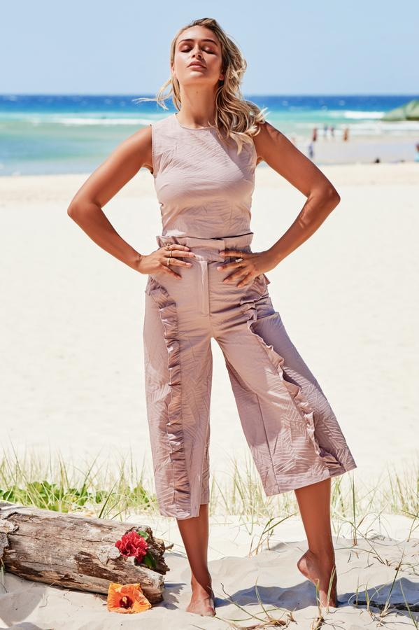 Culotte Frill Trousers in Dusky Pink