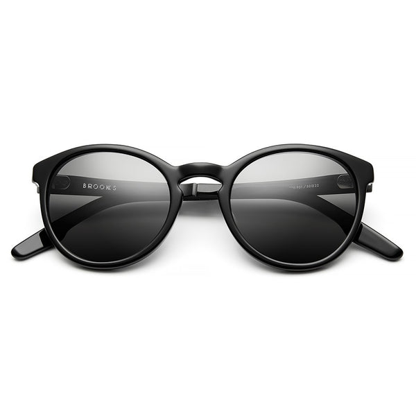 Brooks: Polished Black - Brushed Black / Grey Polarized Lens