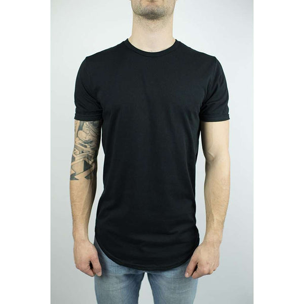 The Glacier Curved Hem T-shirt in Black