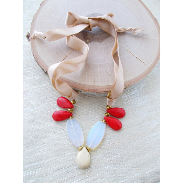 8662JN - Lady in Red Necklace