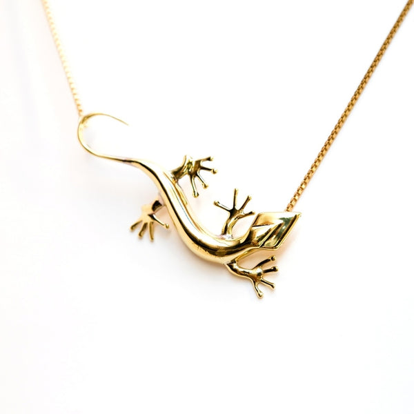 Lezard  pendant  necklace