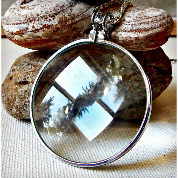 Magnifying Necklace