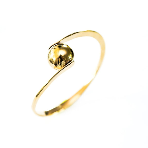 Golden pearl bangle
