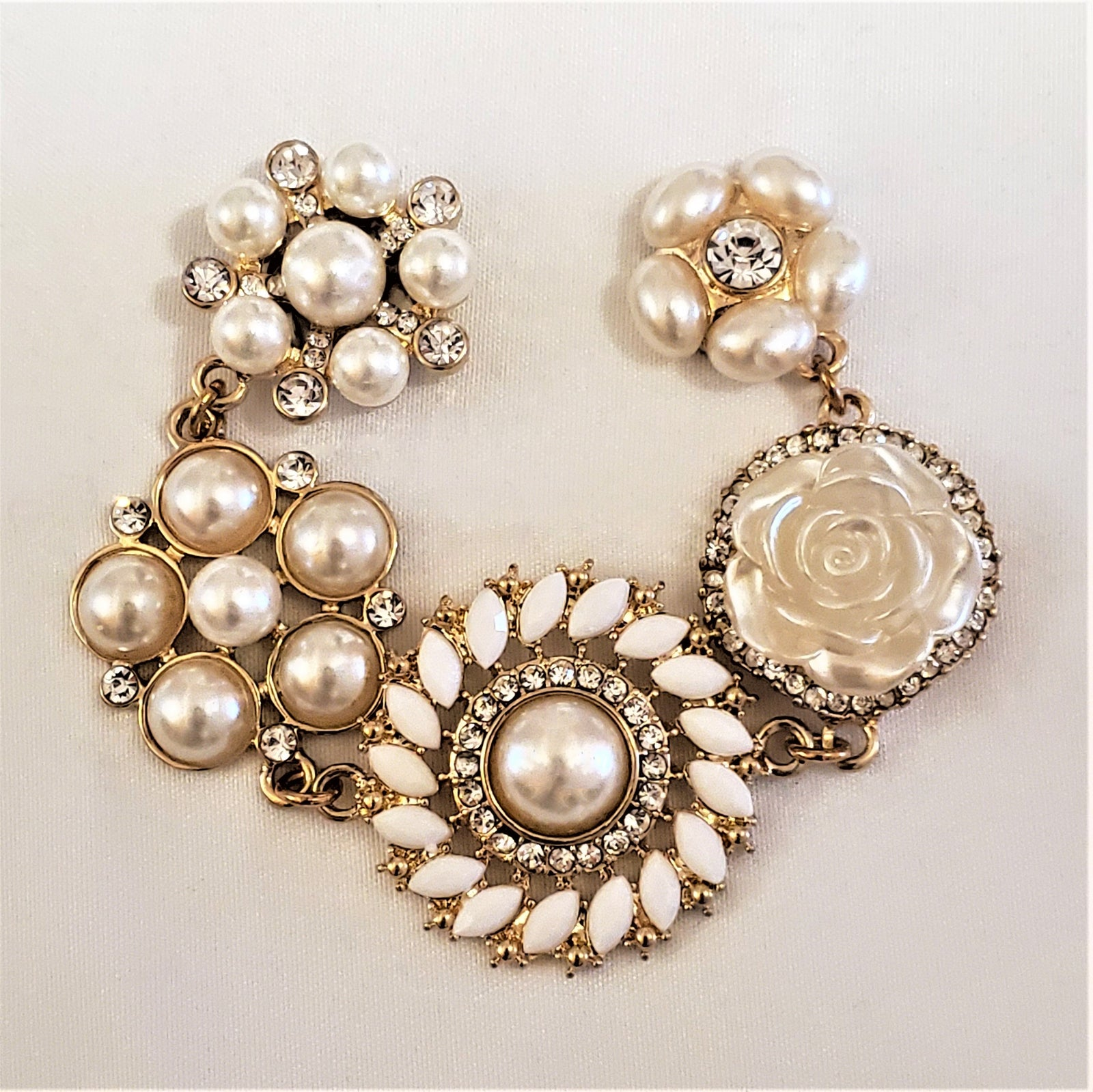 Pearl Flower Magnetic Jewelry String - QB's Magnetic Creations