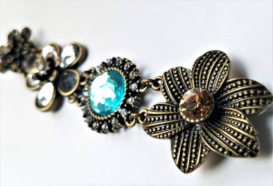 Rhinestone Flower Magnetic Jewelry String - QB's Magnetic Jewelry Creations