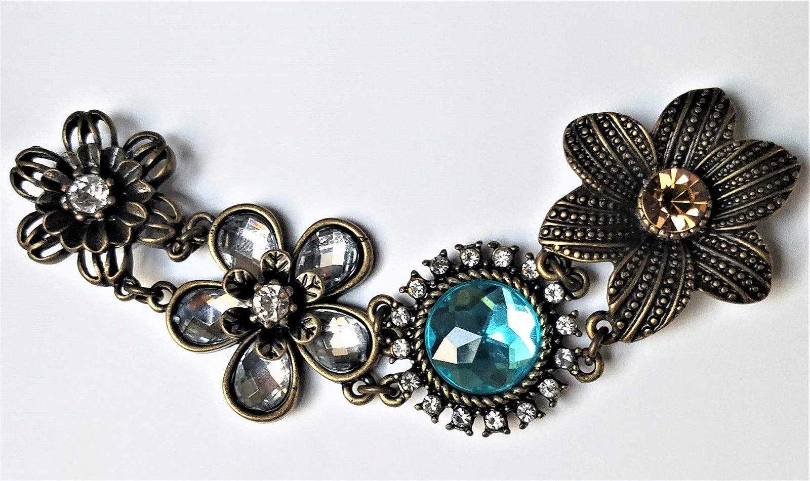 Rhinestone Flower Magnetic Jewelry String - QB's Magnetic Creations