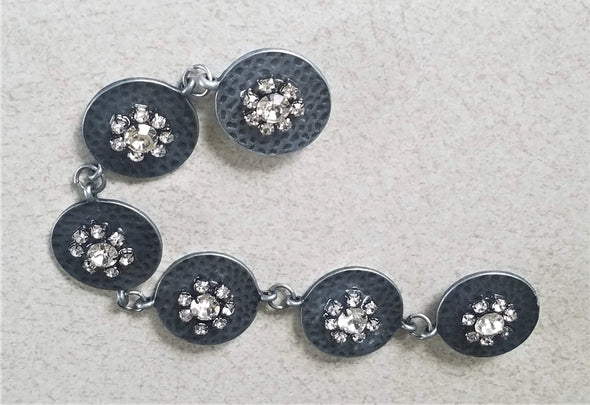 Silver Crystal Flowers Magnetic Jewelry String - QB's Magnetic Jewelry Creations