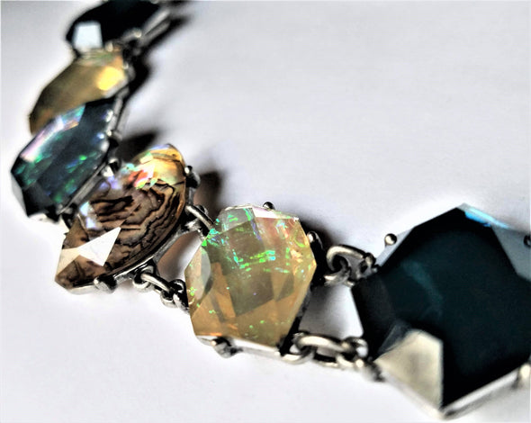 Pentagon Shaped Magnetic Jewelry String - QB's Magnetic Jewelry Creations