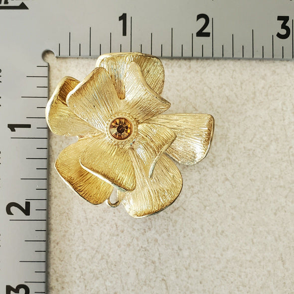 Gold Vintage Magnetic Brooch - QB's Magnetic Jewelry Creations