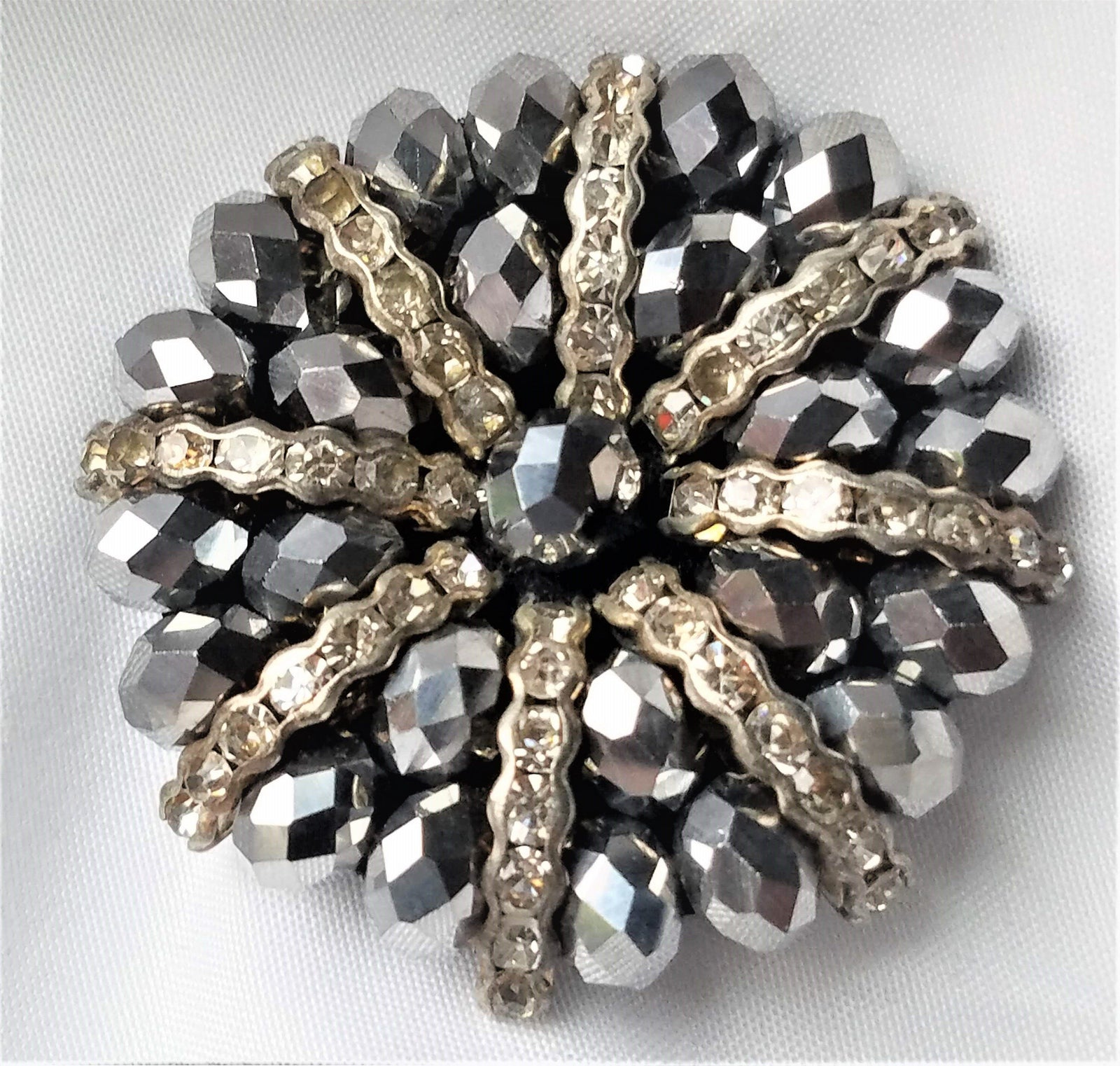 Beautiful Magnetic Brooch - QB's Magnetic Creations