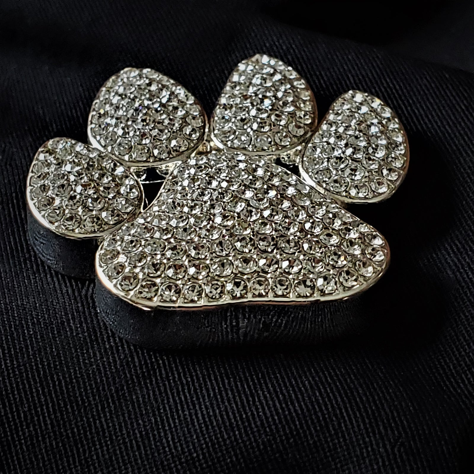 Dog Paw Magnetic Brooch - QB's Magnetic Creations