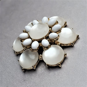 White Stone Flower Vintage Magnetic Brooch - QB's Magnetic Creations