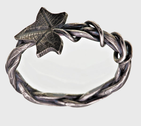 Sterling Silver Plaited Overgrown Ivy Leaf Ring Single Leaf Victorian Gothic Oxidised Finish - David Smith Jewellery