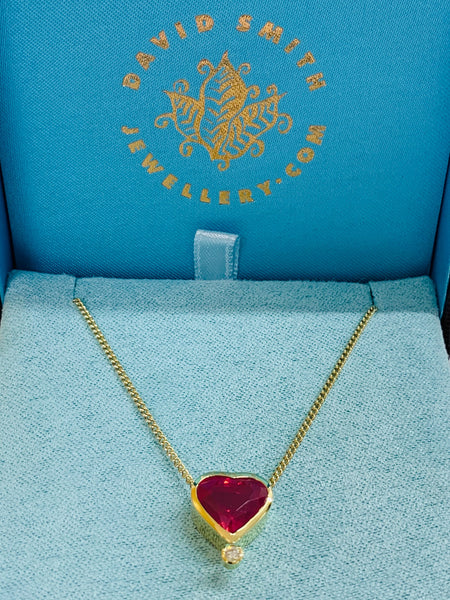 "Heart Cut Spinel 5.12cts Bezel Set 18ct Yellow Gold Pendant Brilliant Cut Diamond VS1 Clarity G Colour 0.05cts 18"" Curb Chain - David Smith Jewellery"
