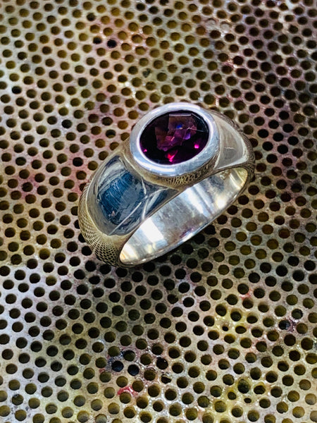 Checkerboard Cut Rhodolite Garnet 8mm x 6mm 1.35cts Bezel Set Sterling Silver Ring - David Smith Jewellery