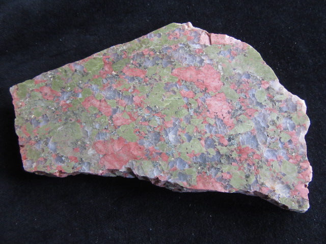 Polished Unakite U101