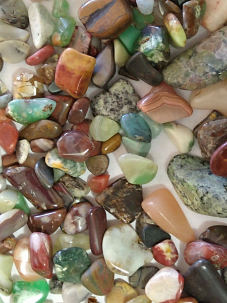 Tumble Polished mixed Australian gemstones MXT101