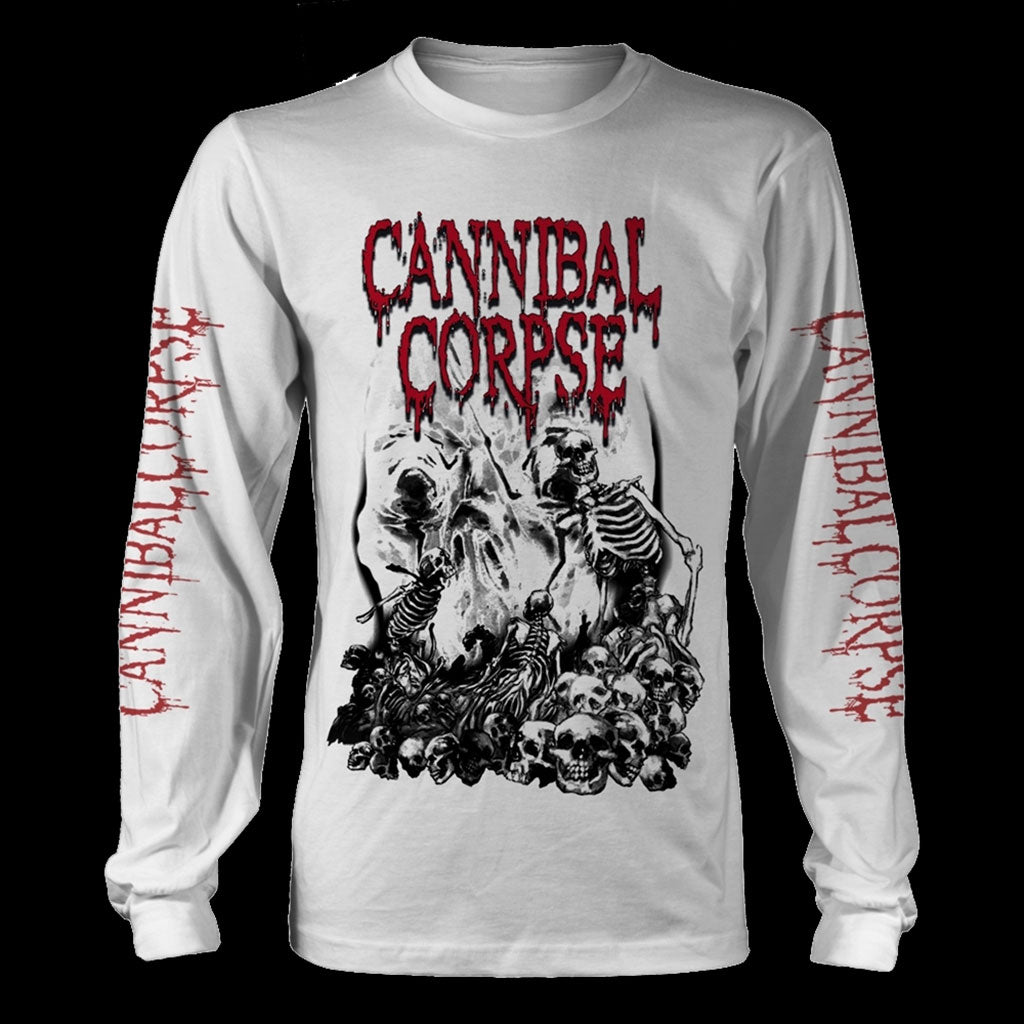 Cannibal Corpse - Pile of Skulls (White) (Long Sleeve T-Shirt)