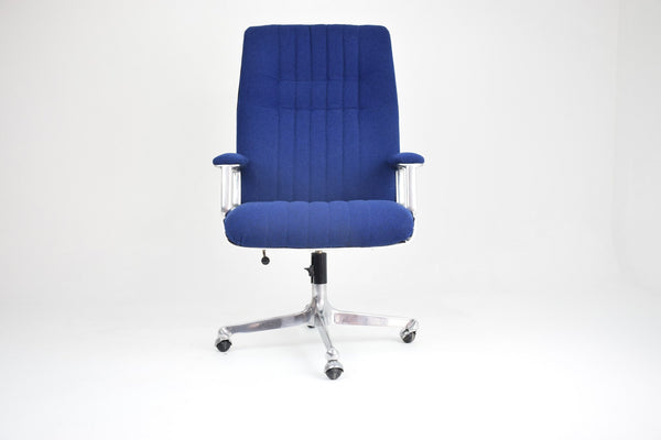 Long Office Chair by Osvaldo Borsani for Tecno, Italy, 1960's - Spirit Gallery