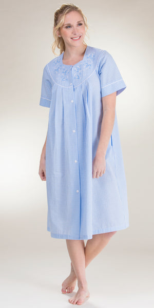 Miss Elaine Short Seersucker Zip Front Smocked Robe in Blue Stripe