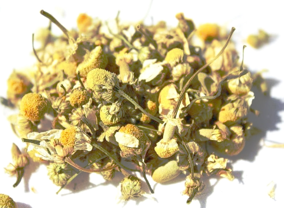 Wildcraft Chamomile Whole Leaf