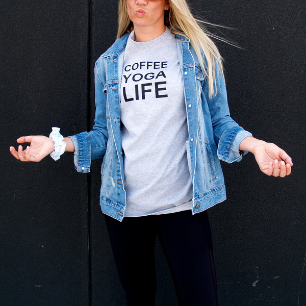 Tee shirt - Coffee yoga life / grey