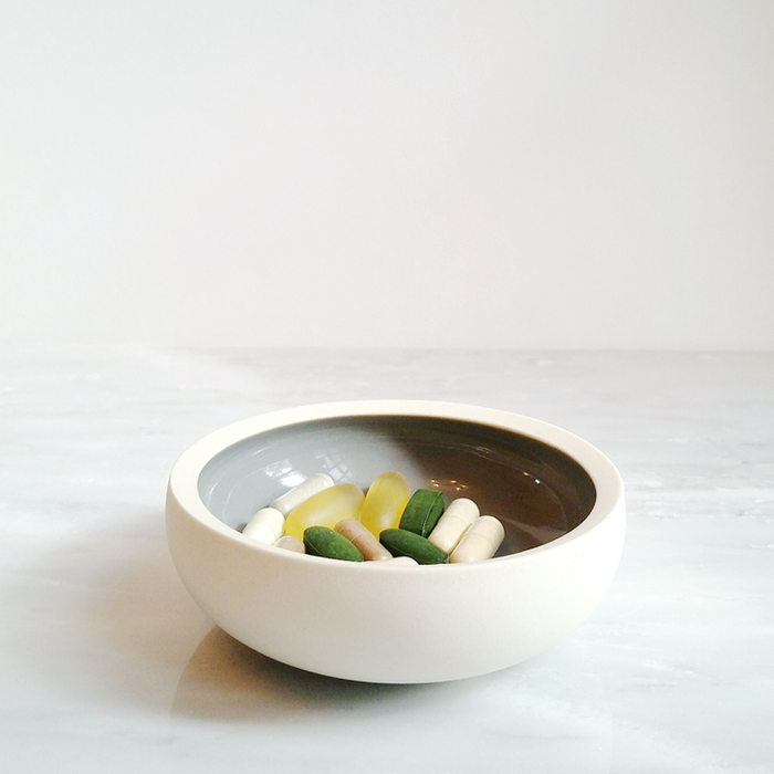 gray ceramic dish