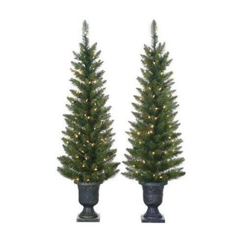 Cedar Pine Christmas Tree with 100 Clear Lights with Plastic Pot