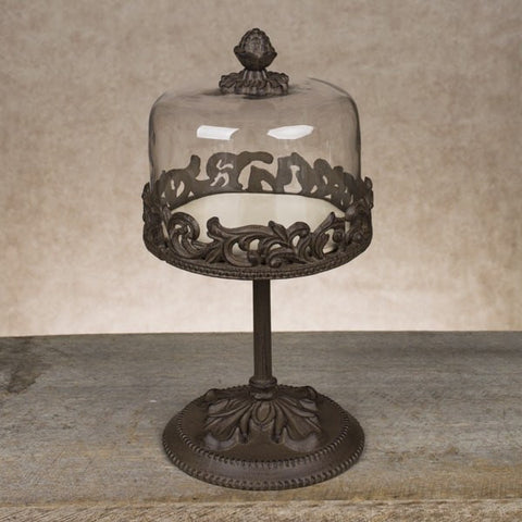 Make your desserts look fabulous with our GG Collection Acanthus Dessert Pedestals with Domes.