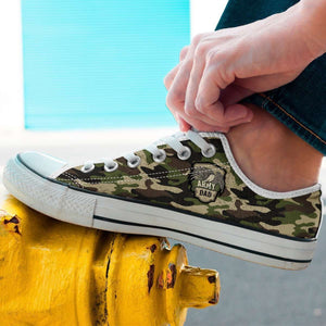 Designs by MyUtopia Shout Out:Army Mom / Army Dad Camouflage Low Cuts,Dad / Men's US 8 (EU40) / Green Camo,Lowtop Shoes