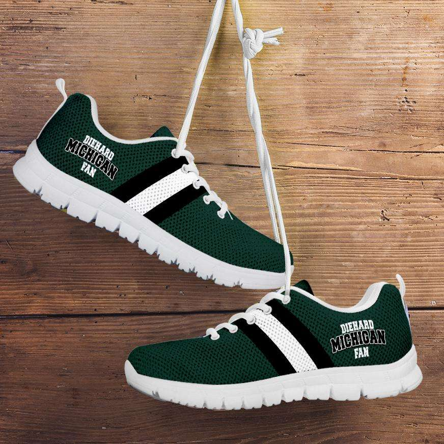 Designs by MyUtopia Shout Out:Diehard Michigan Fan Running Shoes - Green and White,Kid's / 11 CHILD (EU28) / Green/White,Running Shoes