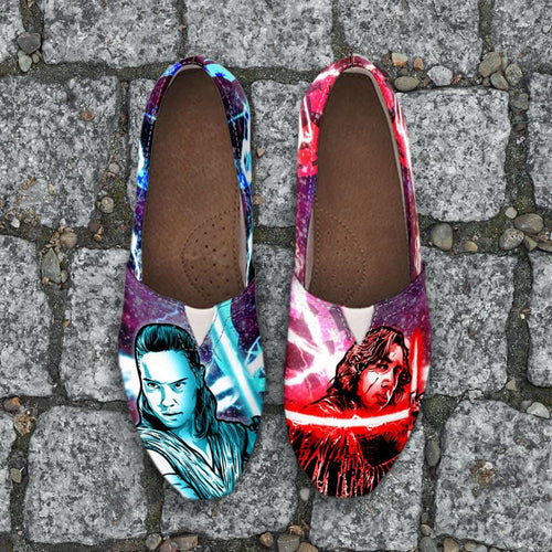 Designs by MyUtopia Shout Out:Kylo and Rey Force Bond Casual Canvas Slip on Shoes Women's Flats,Ladies US6 (EU36) / Red/Green,Slip on Flats