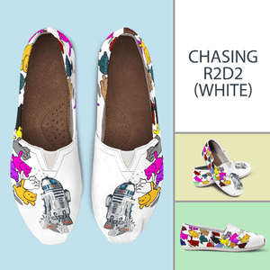 Designs by MyUtopia Shout Out:Nekos Chasing R2-D2 Casual Canvas Slip on Shoes Women's Flats,White / Ladies US6 (EU36),Slip on Flats