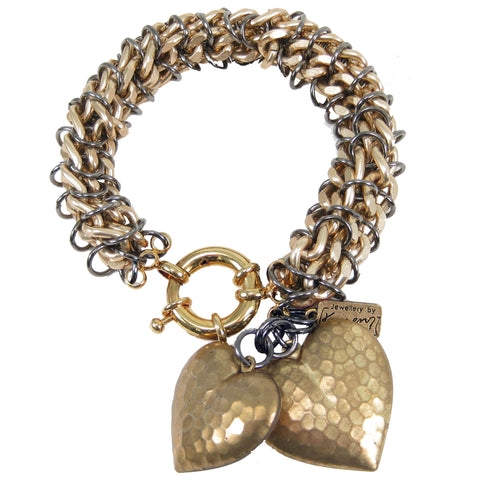#104b Gold Tone Chain Mail Rope Bracelet With Hearts