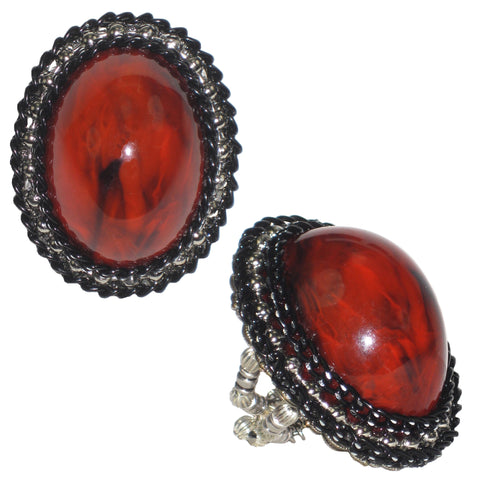 #828r Black/Vintage Red Cabochon Oval Ring