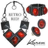 #828r Retro Red Cabochon & Black Oval Ring