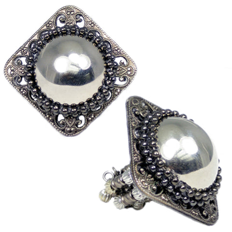 #119r Silver/Gunmetal Tone Filigree Square Ring