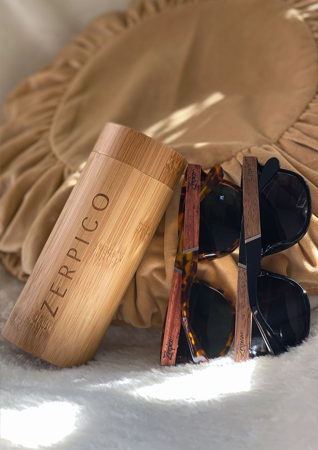 Our Fusion wooden sunglasses comes in a special made round wooden case.
