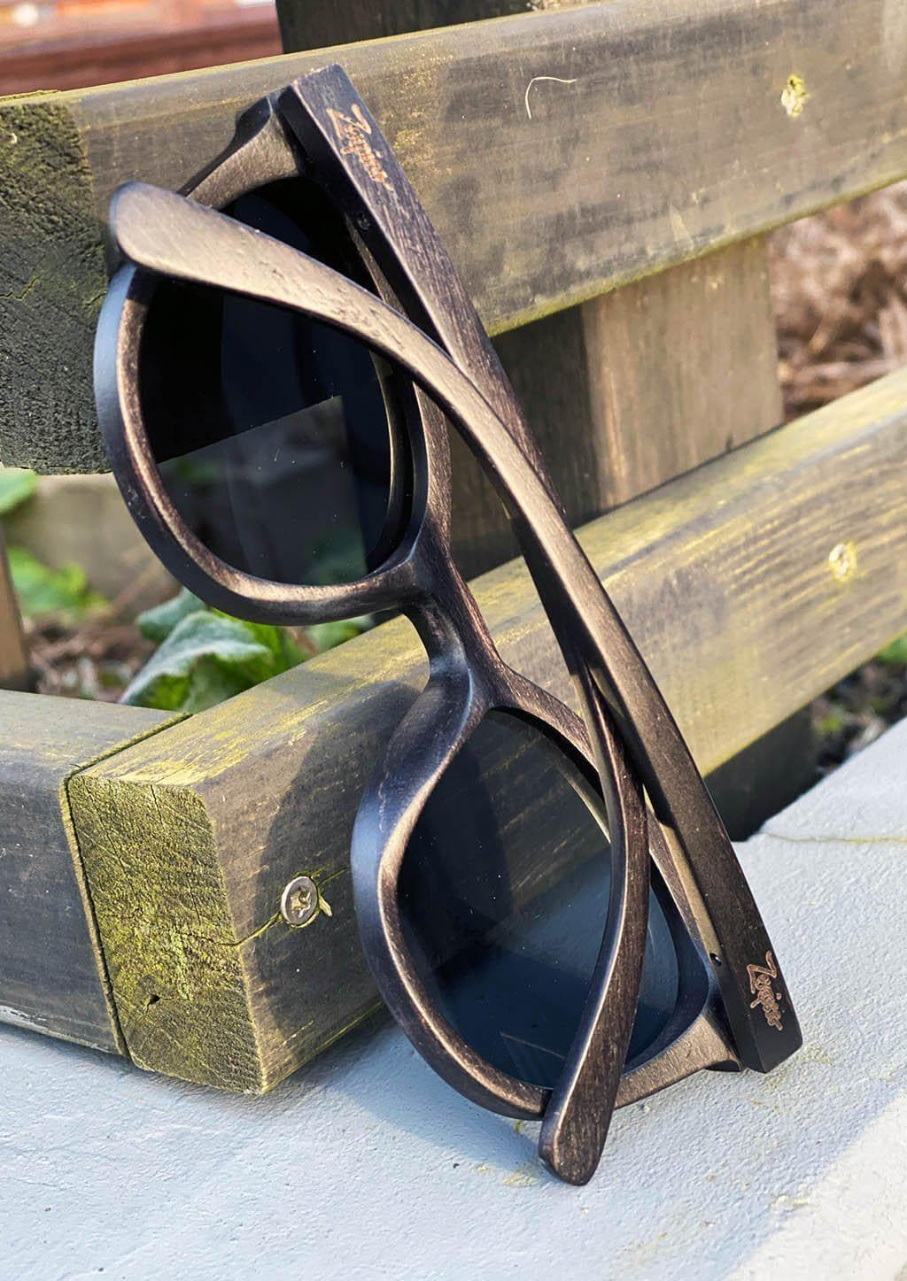 Eyewood - Madison - All wooden sunglasses with style. Details on the back.