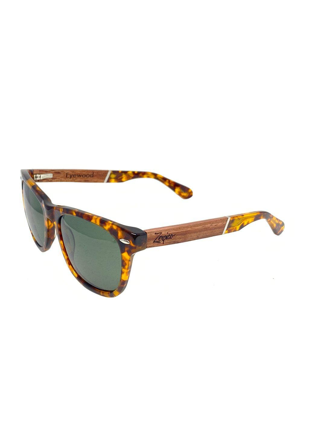 Eyewood Wayfarers - Fusion - Lynx - A mix of acetate and wood makes theses sunglasses unique. From the side.