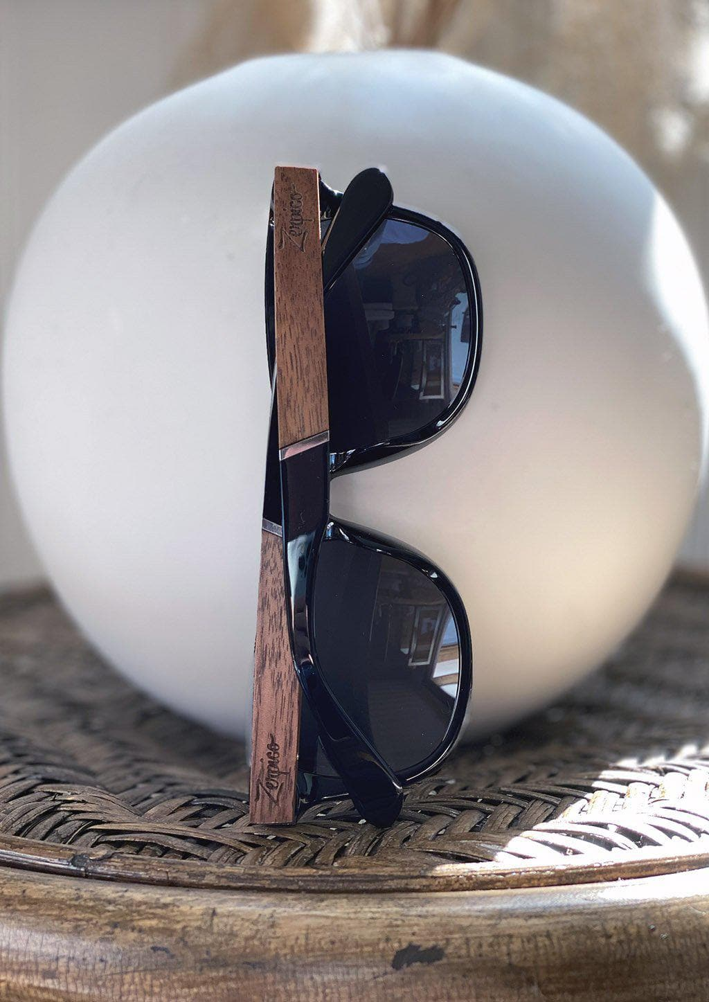 Eyewood Wayfarers - Fusion - Viper - A mix of acetate and wood makes theses sunglasses unique. Works fine with all styles.