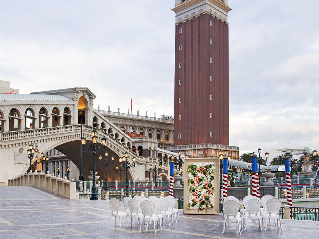 Wedding venues shop venetian our archway and patio at the venetian boasts stunning views of the las vegas strip these locations are open to the public and can accommodate up to 25 junglespirit Gallery
