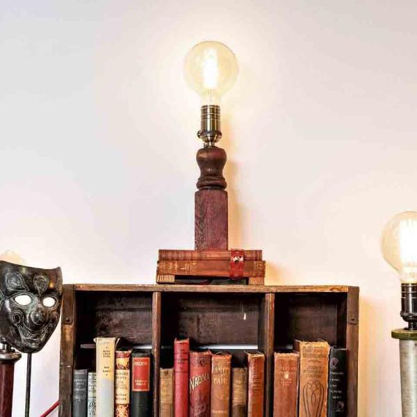 Red book reading lamp