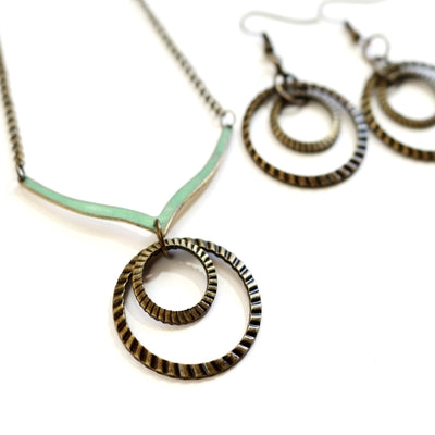 Modern Boho Ribbed Hoop Necklace-Womens-LittleGreenRoomJewelry-LittleGreenRoomJewelry
