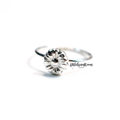 Beloved Sterling Silver Sunflower Ring-Womens-LittleGreenRoomJewelry-LittleGreenRoomJewelry