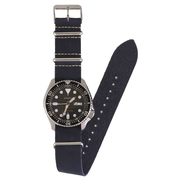 navy-blue-oiled-leather-nato-watchband-on-watch