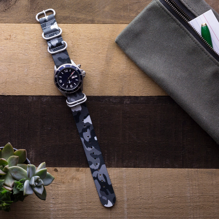 gray-black-camo-ballistic-nylon-zulu-watchband-on-watch